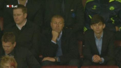 De eigenaar van Chelsea heeft alle touwtjes weer in handen binnen zijn club