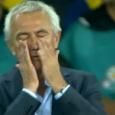 Bert van Marwijk heeft vier jaar lang krampachtig vastgehouden aan dezelfde formatie en dezelfde spelers. Zijn onvermogen om omzettingen te doen als de wedstrijd of tegenstander dat van hem verlangde maakte Nederland tot een voorspelbare, conservatieve ploeg die makkelijk te verslaan was. In elke […]