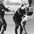 In de afgelopen 25 jaar zijn er vele controverses in de sport geweest. Meestal zijn deze controverses te wijten aan het competitieve karakter van sport. Echter, een paar keer is het voorgekomen dat sport haar eigen niche oversteeg, doordat het verweven was met andere […]