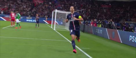 Zaterdag lukte het de defensie van Ajax niet om Wout Weghorst te stoppen. Vanavond staat Zlatan Ibrahimovic voor de deur.