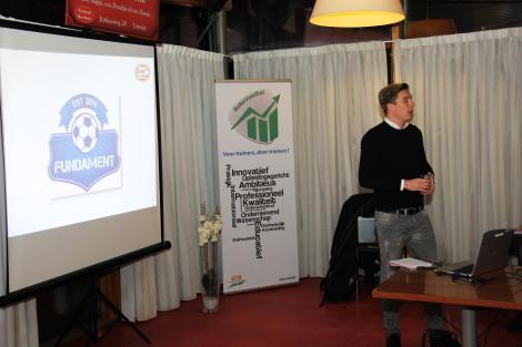 Bastiaan Riedersma coördineert het nieuwe jeugdproject van PSV, Het Fundament. (Foto door: Rik van Spanje)