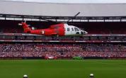 In de zomer van 2007 stak Feyenoord zich diep in de schulden door voor veertien miljoen euro enkele ervaren krachten te kopen. Feyenoord eindigde – ondanks de forse investeringen – op een ronduit teleurstellende zesde plek en moest in de daaropvolgende seizoenen keihard saneren […]